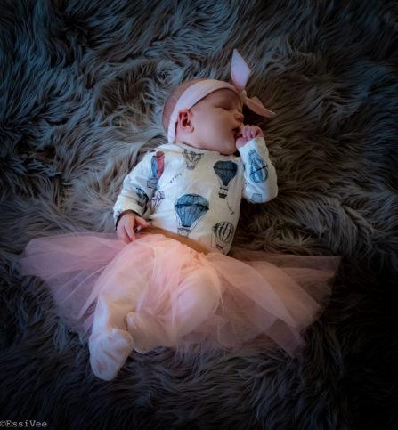 vauvakuvaus newborn lapsikuvaus tyttövauva